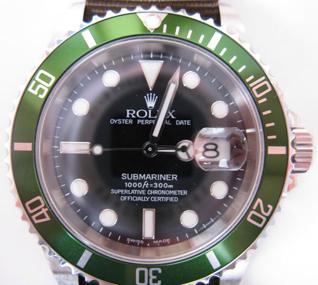 Rolex Submariner 16610 LV fat4 dial bezel.jpg